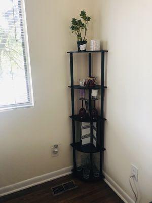 Shelf corner / estante for Sale in Arlington, VA