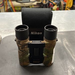 Nikon Aculon A30 10x25 Binoculars for Sale in Phoenix, AZ
