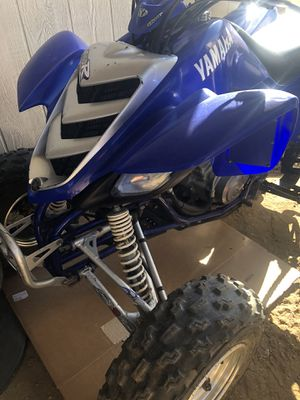 Yamaha raptor 660r excellent condition- pink in hand for Sale in Temecula, CA