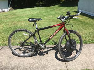 Electric 10 speed religh bike for Sale in Endicott, NY