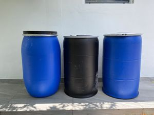 55 gallons plastic barrels, barrel , barriles, drums , drum for Sale in Miami, FL