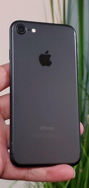 UNL0CKED IPHONE 7 / 32GB EXCELLENT SHAPE TMOBILE ATT METRO CRICKET WORLD USE for Sale in Atlanta, GA