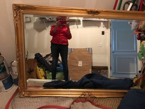 Like new wall mirror. Very antique looking. 3 feet high and about 5 feet wide for Sale in Tinton Falls, NJ