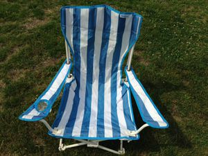 Camping folding chairs, cooler, patio umbrella for Sale in Brookline, MA
