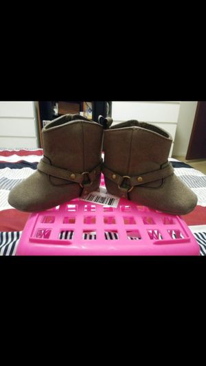 $3.00 Babygirl Carters Boots Brand New Size 3-6 Months for Sale in Tempe, AZ