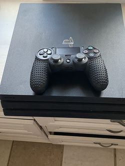Mint Condition PS4 for Sale in Happy Valley,  OR