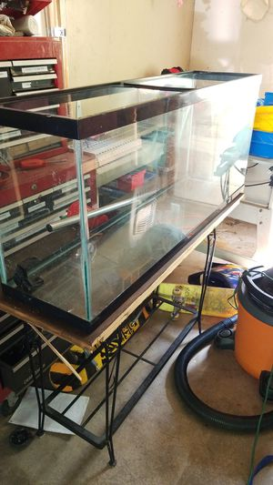 50 gallon Fish/Reptile tank and stand for Sale in Shelton, CT