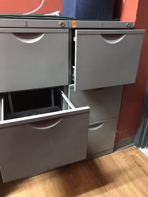 3 drawers file cabinet set of 2 for Sale in Lincolnia, VA