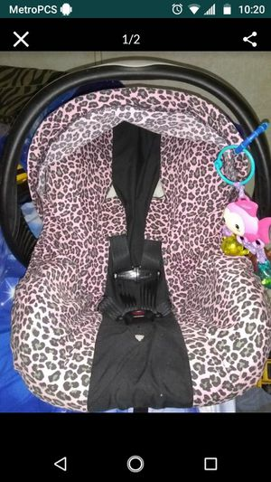 Car seat cover for Sale in Lakeland, FL