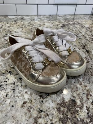 Size 5 Toddler Michael Kors shoes for Sale in Wenatchee, WA