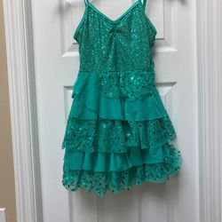 Girls Sequin Teal Dance Costume (size MC) for Sale in Tampa,  FL