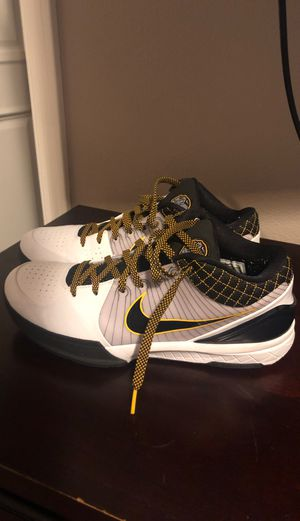 Kobe 4 size 11 flexible on price. New price is 180 on Nike for Sale in Los Angeles, CA
