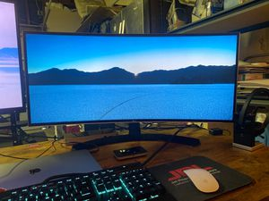 LG 34 inch curved UltraWide monitor for Sale in Los Angeles, CA
