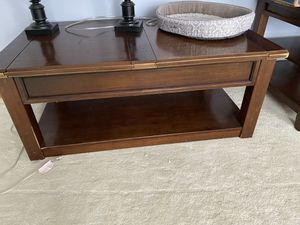 Coffee and 2 End Tables for Sale in Marion, IN
