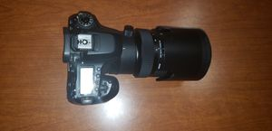Canon 80D with Sigma 50-100mm f/1.8 with Lens Bundle for Sale in Selma, AL