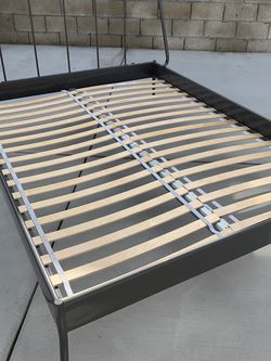 Queen Size Mattress And Bed Frame for Sale in Chino Hills,  CA