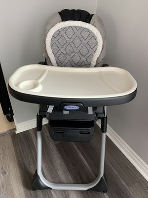 Graco DuoDiner 6-in-1 High Chair for Sale in Long Beach, CA