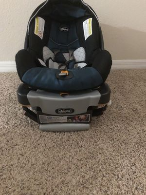 Chicco keyfit infant car seat with based for Sale in Charlotte, NC