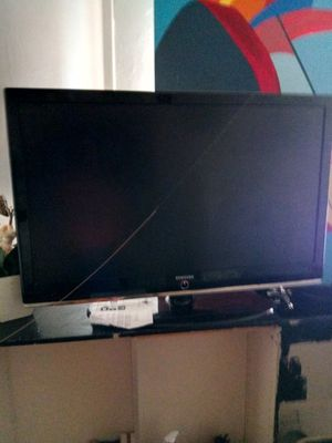 Sumsung smart t.v 50 inches for Sale in Denver, CO