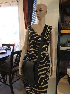 New Men's gray cross body messenger bag for Sale in Round Rock, TX