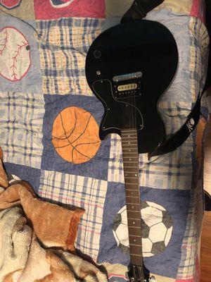 Guitar for Sale in Detroit, MI