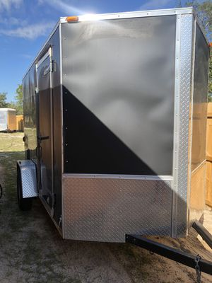 Trailer 6x10 title in hand private seller Obo LIKE NEW !!!!!!!!!!! for Sale in Miami, FL