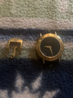 Ladies 90's Gucci watch, no band for Sale in San Antonio, TX