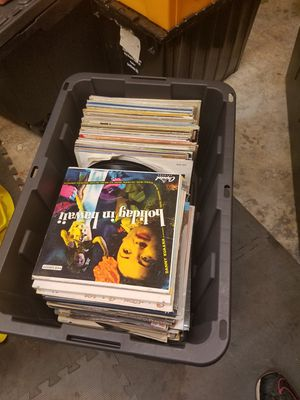 Full box vintage Vinyl collection records lot of 131 for Sale in Marysville, WA