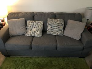 3 seater couch/sofa set for Sale in Lawrence Township, NJ