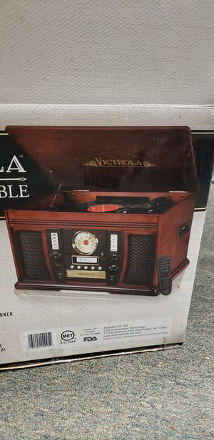 New Victrola 6-in-1 Turntable for Sale in Washington, DC