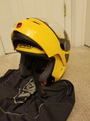 Helmet Shoei multitec modular yellow (L) for Sale in Springfield, VA