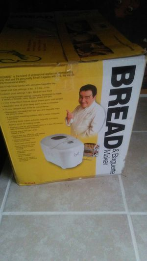 Bread Maker never used. for Sale in Clinton, MD