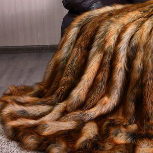 Luxury Faux Fur Blanket for Sale in El Monte, CA