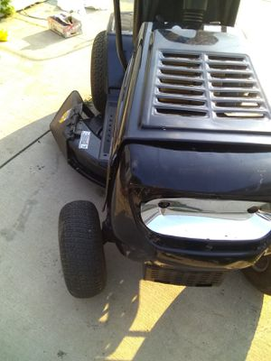 Riding Lawnmower for Sale in Eastpointe, MI