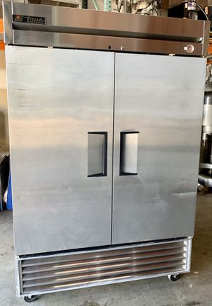 True two door cooler mint condition for Sale in West Palm Beach, FL