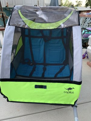 Copilot bike trailer with all weather cover for Sale in Calimesa, CA