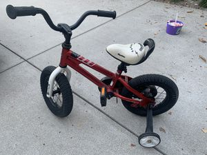 """Kids Bike 12"""" with training wheels for Sale in Los Angeles, CA"""