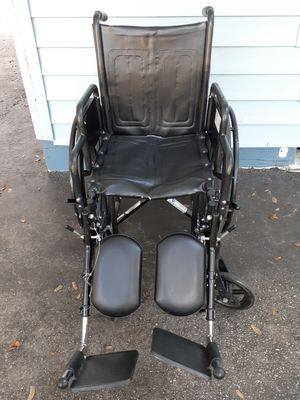 Wheelchair for Sale in Zephyrhills, FL