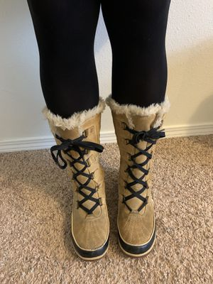 Sorel Women's Tivoli High ll Boots size 8.5 for Sale in Portland, OR