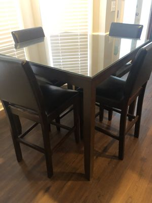 High top kitchen table and 4 chairs for Sale in Nashville, TN