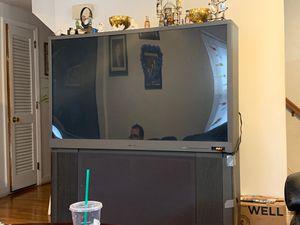 Mitsubishi tv 60 inch for Sale in Revere, MA