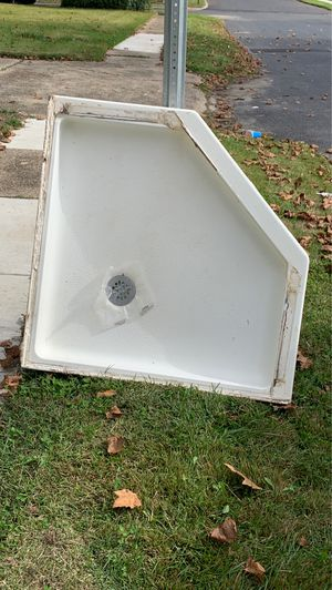 Shower pan for Sale in Hammonton, NJ