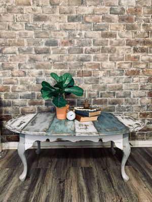 Farmhouse Multicolor Chippy Planked Coffee Table for Sale in Joliet, IL
