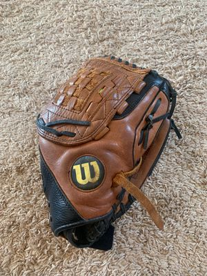 Wilson A500 Softball (baseball) Glove for Sale in Long Beach, CA