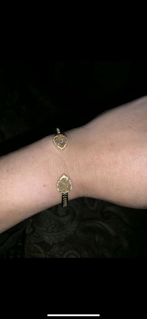 Gold plated bracelet with oval shaped crystals for Sale in Brandon, FL
