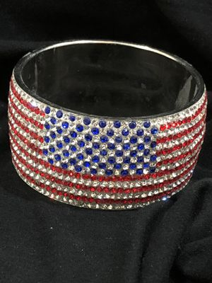 American Flag 🇺🇸 Rhinestone Bracelet. Brand new for Sale in Queen Creek, AZ