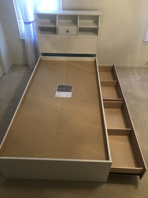 Twin Bed with 2 drawer storage w/ headboard with shelves for Sale in Chesapeake, VA