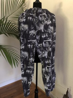 WOLF GRAPHICS LOUNGE PANTS LARGE for Sale in Sarasota, FL