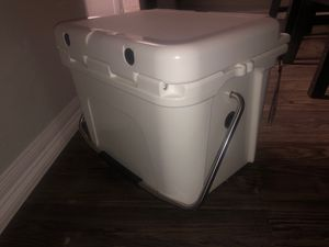 Yeti Cooler for Sale in Houston, TX
