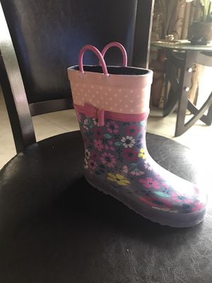 Girls rain boot size 1 for Sale in Los Angeles, CA